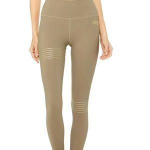 BRAND NEW ALO Yoga high waist leggings M